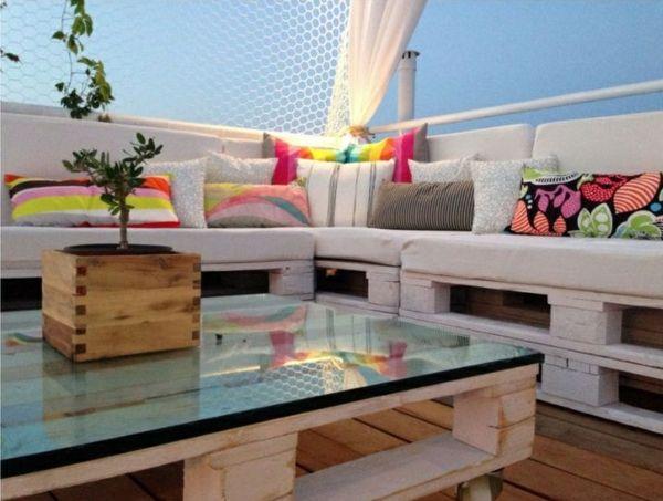 Gartenm bel aus paletten selber bauen und den au enbereich for Europaletten sofa garten