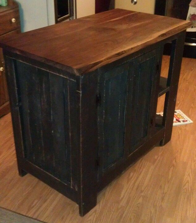 Kitchen Island Out Of Pallets: Custom Kitchen Island With Reclaimed Barn Material, Pallet