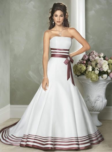 nontraditional wedding dress of wearing a more outstanding and unique nontraditional wedding dress