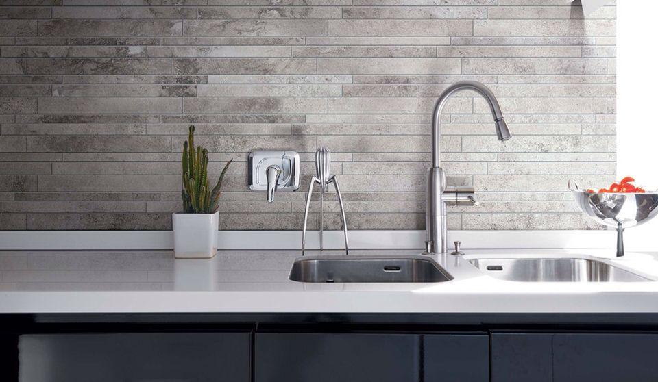Tegel achterwand kitchen in 2019 kitchen tiles kitchen flooring