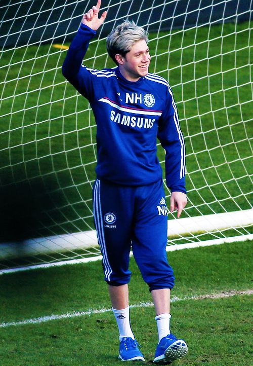 No Love Him In Soccer Attire With Images Niall Horan James Horan 1 Direction