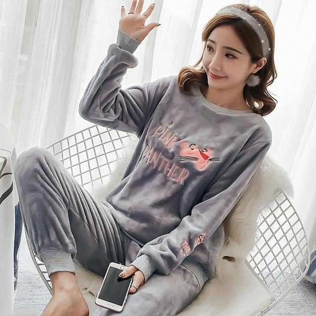 Autumn and Winter Women Pyjamas Sets Thick Warm Coral Velvet Suit Flannel  Long Sleeve Female Cartoon Bear Animal Pants Sleepwear 883f075a2