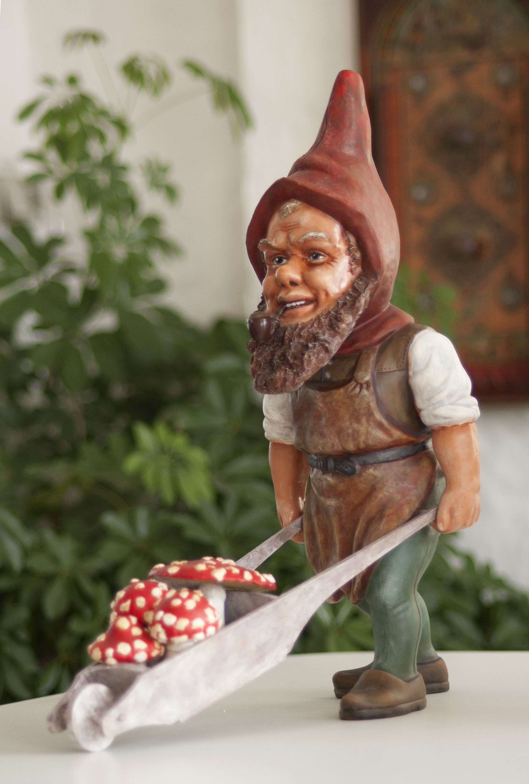 Heissner Gnome Designed By Carl Nuechter 1910 Modified 1950 With A Slickerbeard As A Part Of This Rare Series Gnomes Gnome Garden Fairy Castle