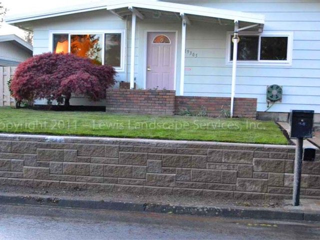 Lewis Landscape Services Retaining Walls Portland Oregon Concrete Block Walls Installation Installers Concrete Block Walls Sloped Garden Retaining Wall