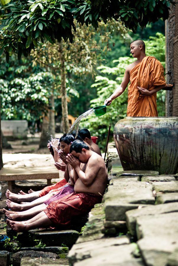 Buddhist ritual in Cambodia