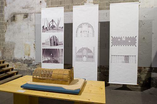 """Arles, magasin électrique : """"Learning from vernacular"""" (Pierre Frey / EPFL) : Moudhif, plaine de Bassora, Irak"""