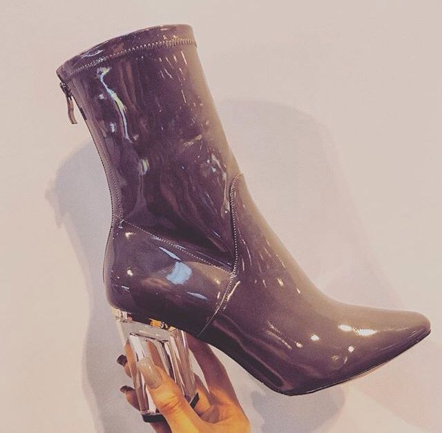 f37dd2bbcf3 Pin by Monea Robertson on Fashion in 2019 | Shoe boots, Shoes, Shoes ...