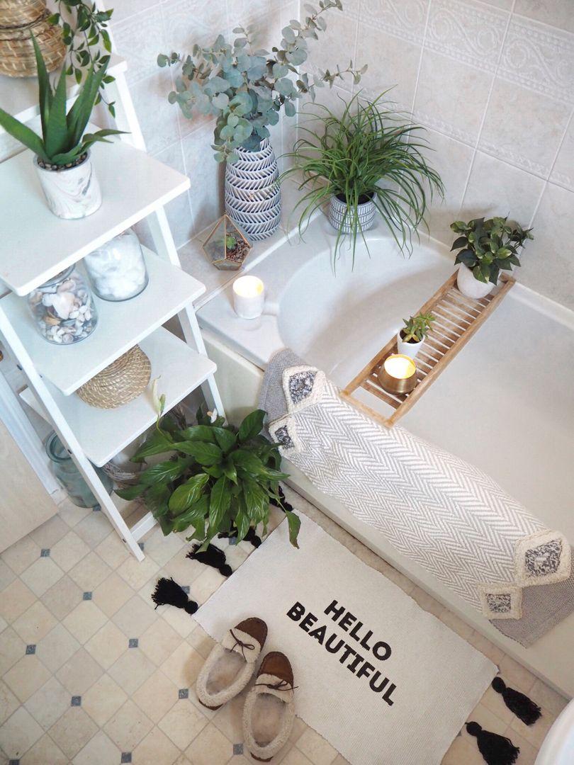 Weekend Mini-Makes: DIY Slogan bath mat (with FREE stencil ...