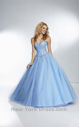 47dc1f16ff Princess prom dress     I love how in this blue dress with her blonde hair  she really does look like a very well known princess.