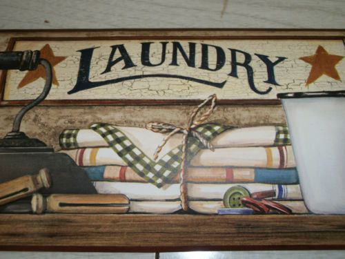 York Laundry Country Primitive Stars Berries Iron Clothespins
