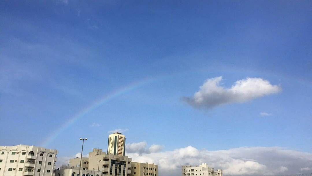 شبكة أجواء الامارات قوس المطر على الفجيرة مساء اليوم من المطارد خليفة الطنيجي Instagram Instagram Posts Photo
