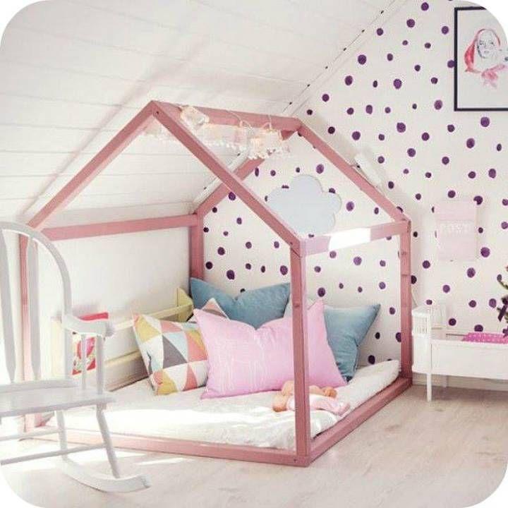 chambre enfant b b cabane rose fille nuage chambre martin pinterest chambre enfant nuage. Black Bedroom Furniture Sets. Home Design Ideas