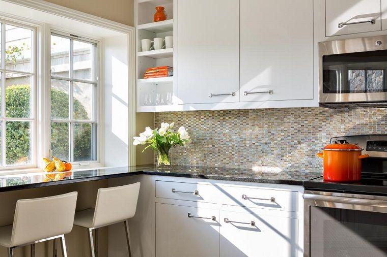 Ideas encimera de granito en la cocina peque a moderna muebles de cocina - Ideas para cocinas ...