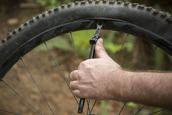 11 Trailside Mountain Bike Repair Hacks Bike Repair Bike Hacks