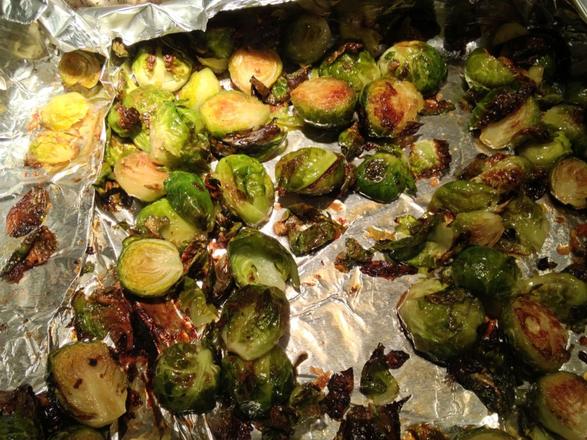 Crispy Roasted Brussel Sprouts with MapleSoySriracha
