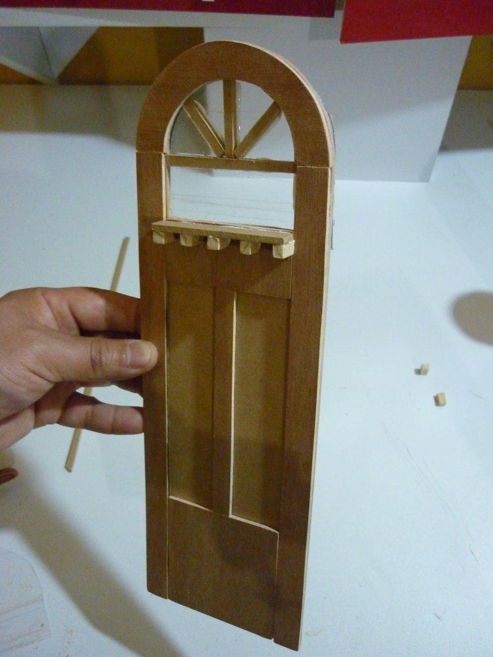 Aqu les traigo una forma de hacer una puerta decorativa for Como hacer una puerta reciclada