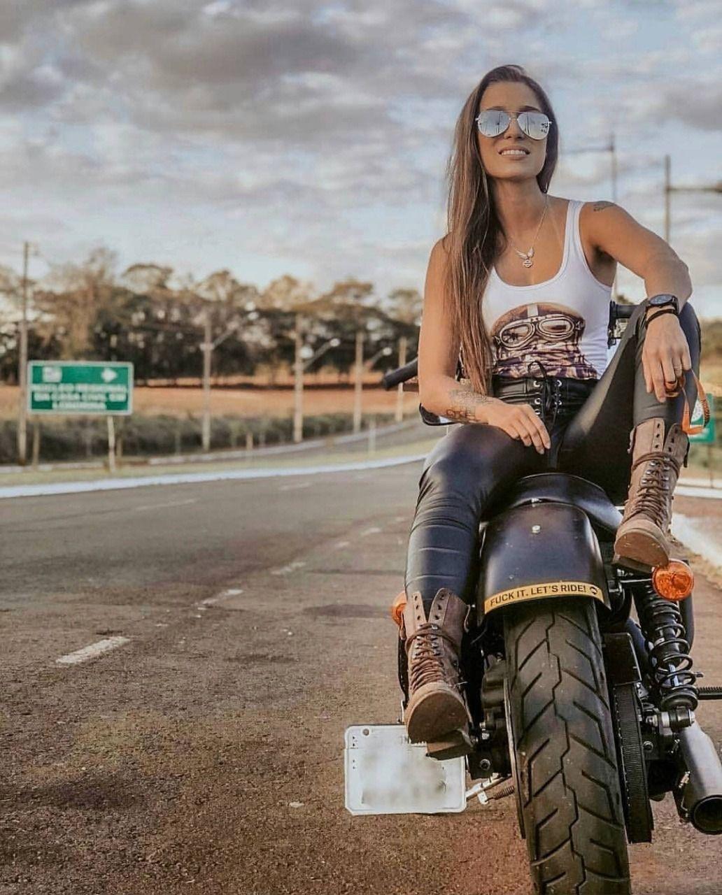 Cafe Racer Girl, Biker Girl