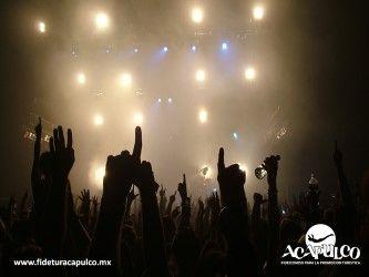 #antrosdemexico Love es un club nocturno de Acapulco sin igual. ANTROS DE MÉXICO. Love es uno de los clubes nocturnos más visitados de todo Acapulco y uno de sus grandes atractivos, además del excelente ambiente y servicio, es que no está techado, lo que lo hace un lugar muy fresco e ideal para pasar una noche de fiesta de tus vacaciones. Visita la página oficial de Fidetur Acapulco, para obtener más información.