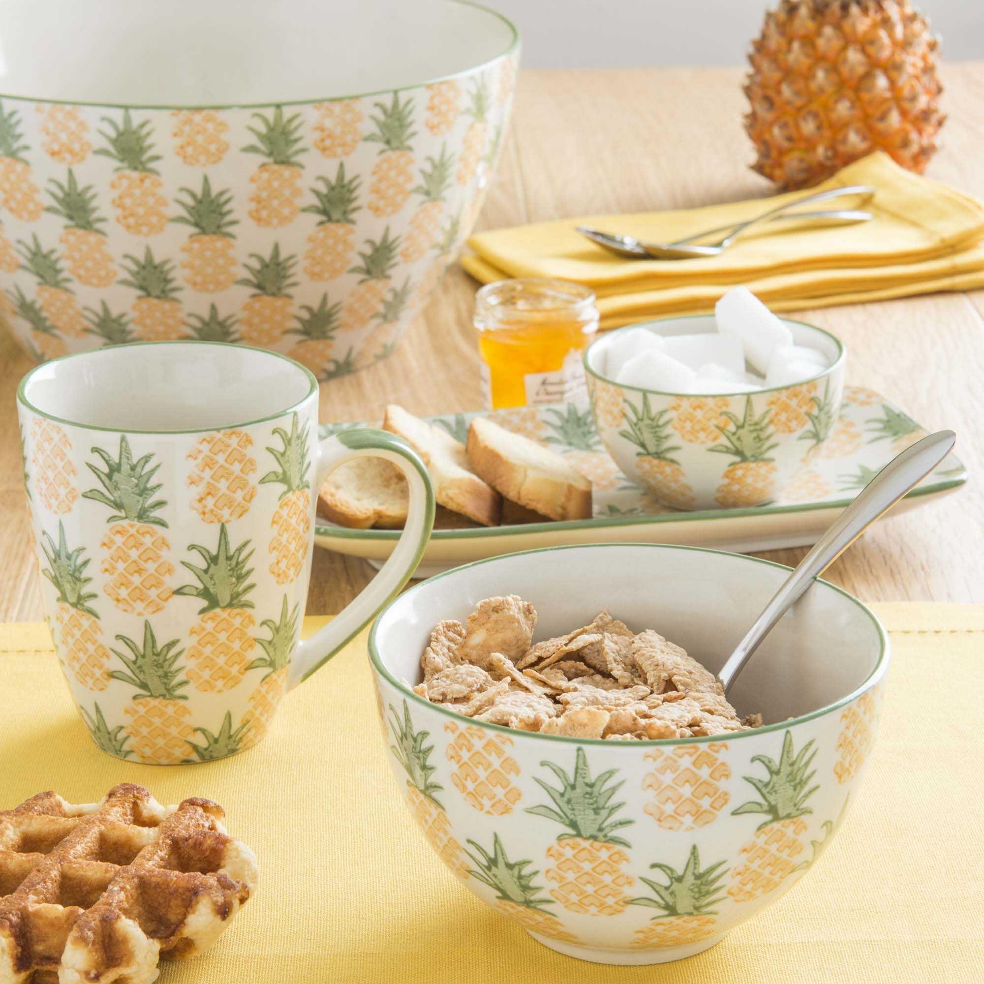 mug en fa ence ananas maisons du monde ananas ananas. Black Bedroom Furniture Sets. Home Design Ideas