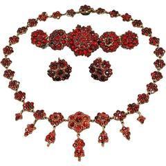 Bohemian Garnet Set of Necklace Bracelet Earrings Antique, circa 1900