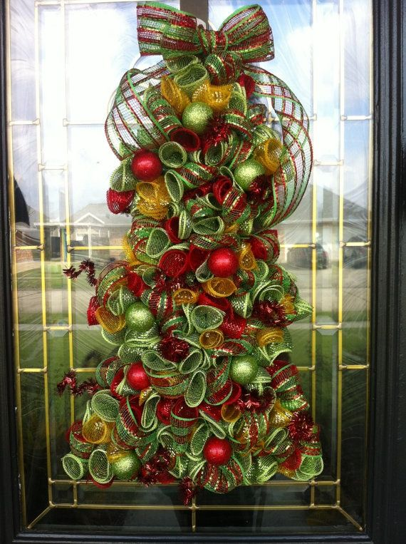 Christmas Trees Decorated With Mesh Netting Christmas Wreath Deco