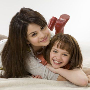 Selena Gomez and Joey King in Ramona and Beezus