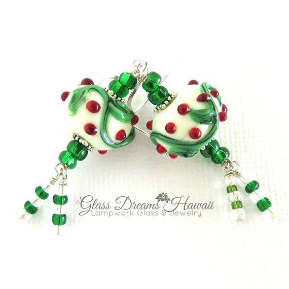 Christmas Dangle Earrings Handmade Lampwork by GlassDreamsHawaii