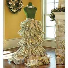 Christmas Tree Boutique Decor Dress From Pine Home Holiday Decoration Mannequin Ebay Christmas Tree Dress Dress Form Christmas Tree Mannequin Christmas Tree