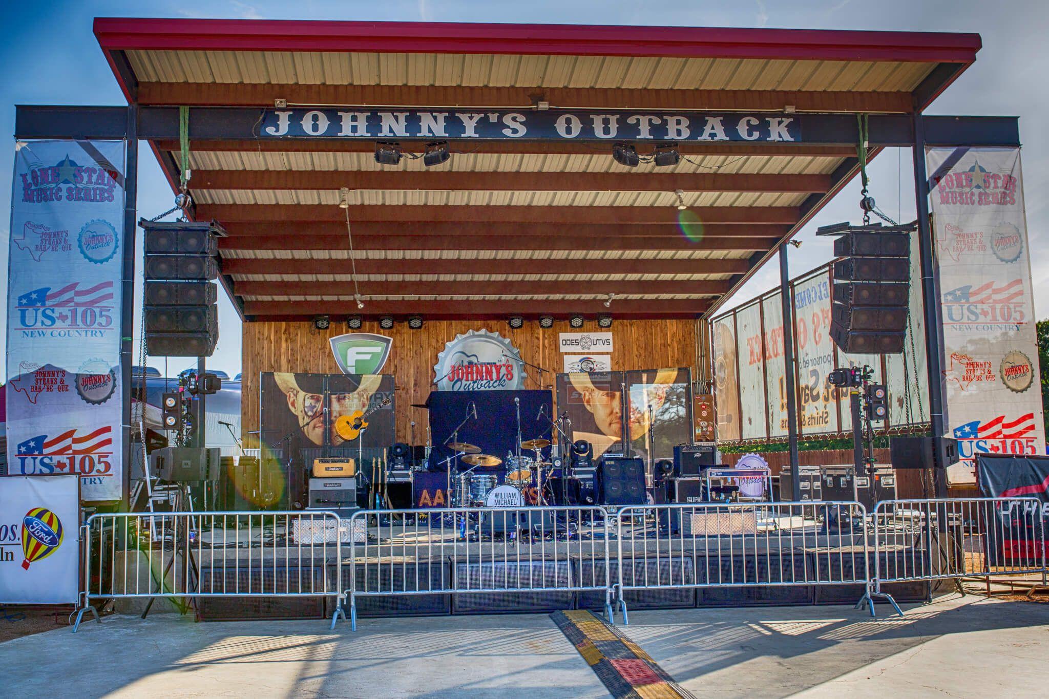 Johnny S Steaks Bar Be Que Salado Bbq W Family Friendly Live Music Venue Daily Specials Texas Bbq Bar Be Que Bbq Restaurant