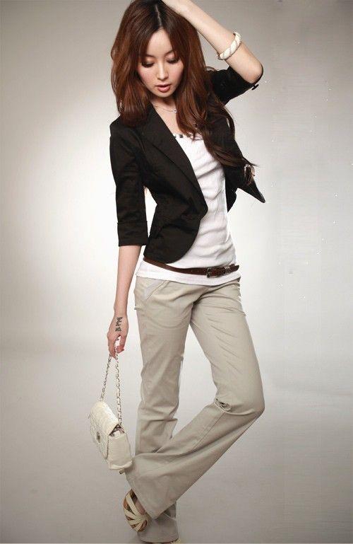 buy online 29e7e 30a29 Veste chic et tendance pour femme. Blazer pas cher. Couleur   blanche ou  noire. Taille S, M, L, XL. Veste manches 3 4 coupe femme. Blazer court.