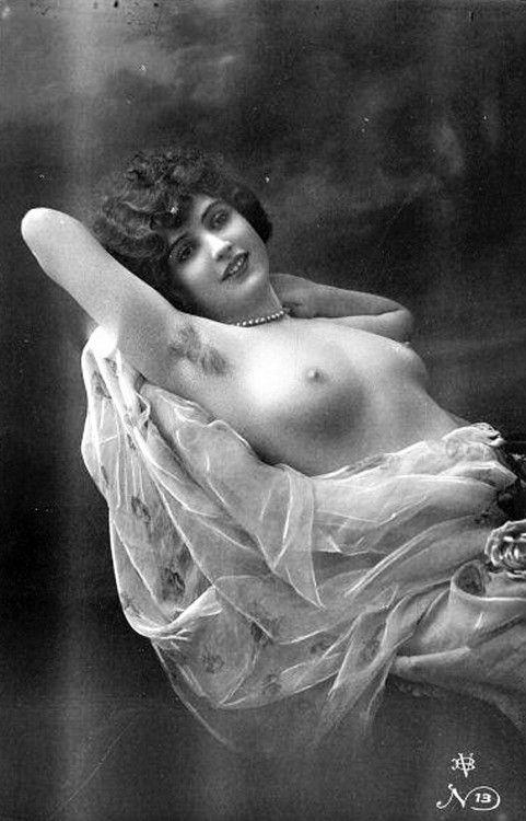 antique-nude-postcards-black-lesbian-lines
