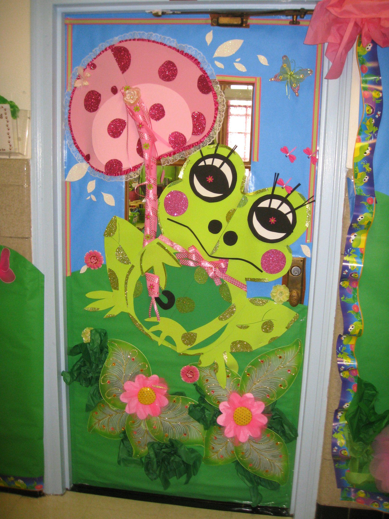 Frog Classroom Decoration Ideas ~ Frog how sweet bulletin boards door decor