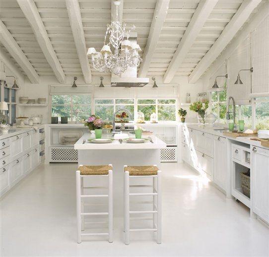 Ideas cocinas rústicas color blanco con un toque elegante | Hogar ...