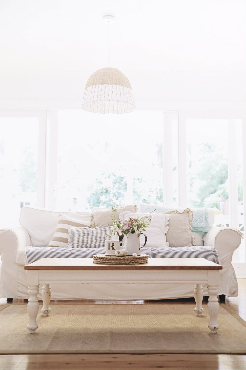 Sofas And Sweet Peas Inspiration Salon Living Room White