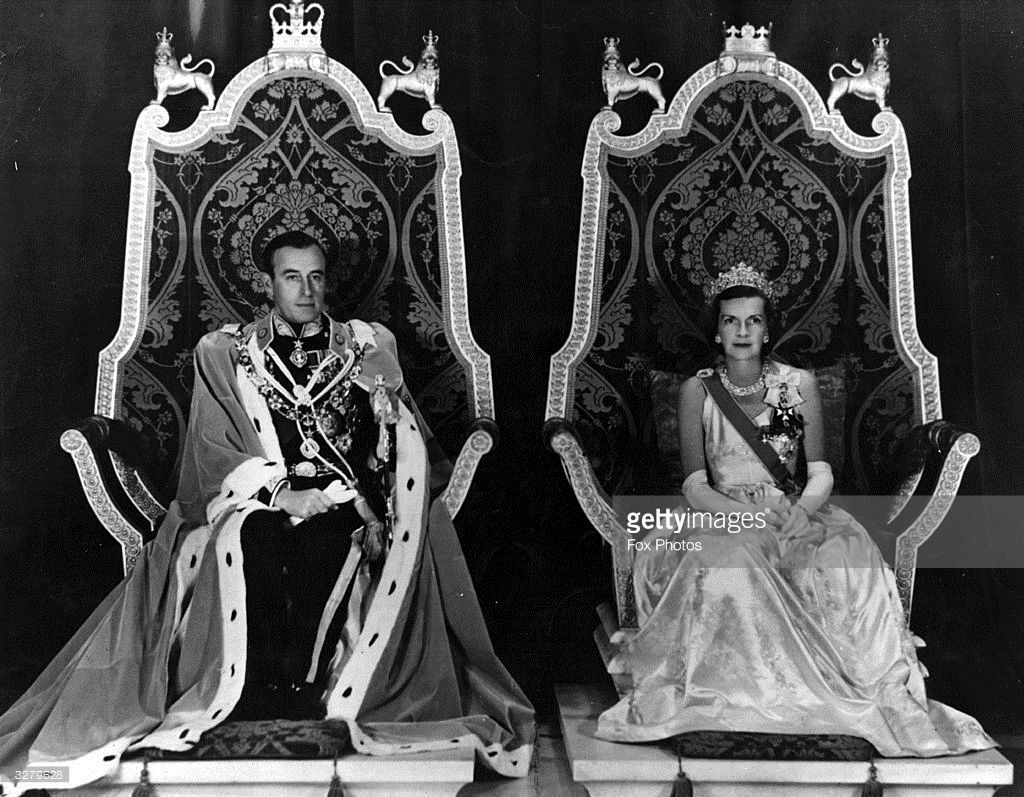 Lord Mountbatten And Lady Mountbatten As Viceroy And Vicereine Of British Royalty Royal Royal Family