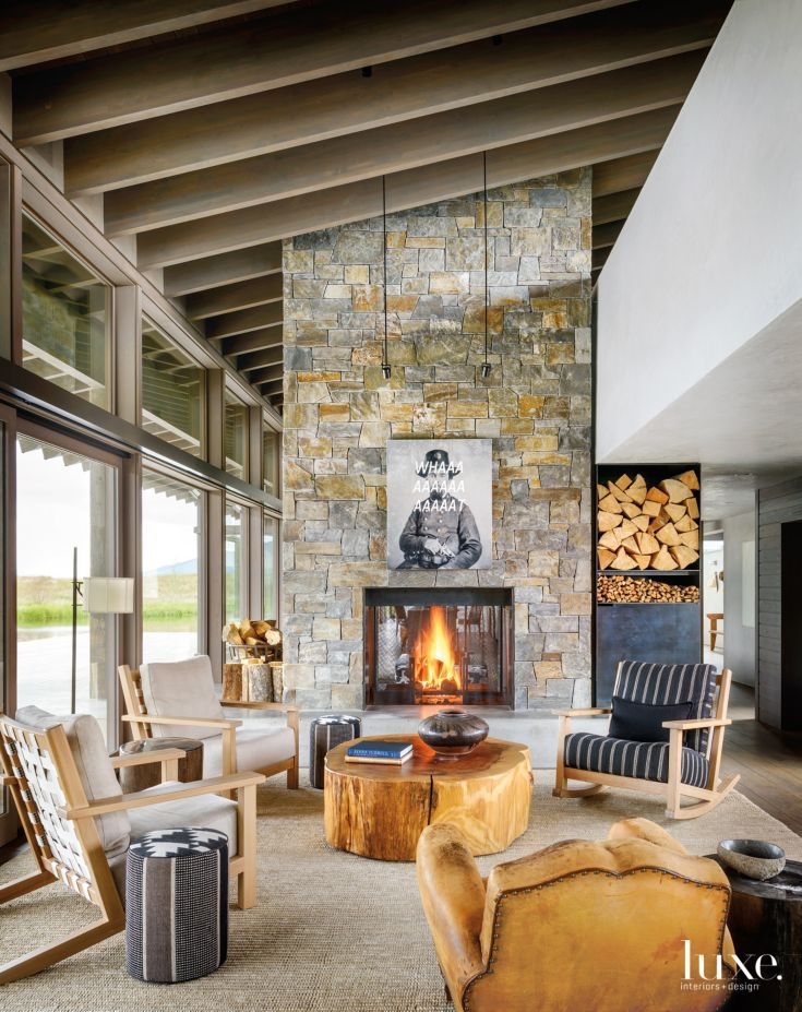 Nice A Lofty Living Space In A Modern Montana Home