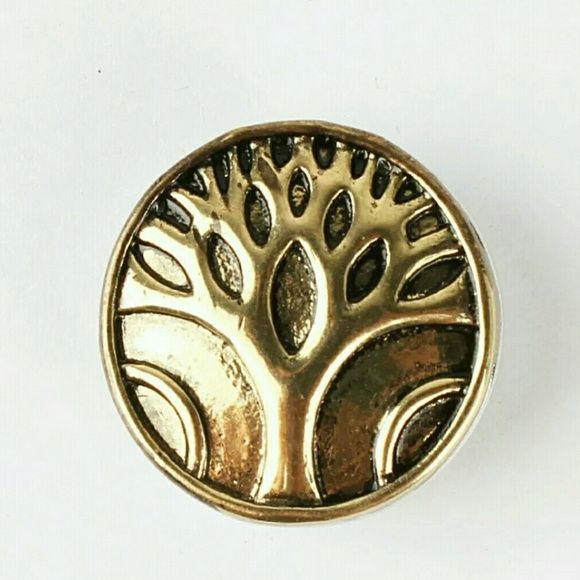 Gold Life Tree Chunk Snap Button Charm NWOT 4 for $12~Add your favorites to a bundle and I will create a listing Jewelry
