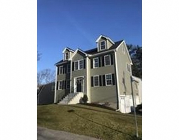 New Construction In A Desirable Quiet Location In Billerica This Generous 3 Bedroom 2 5 Bath Colonial Has Been Updated To I New Construction Billerica Realty
