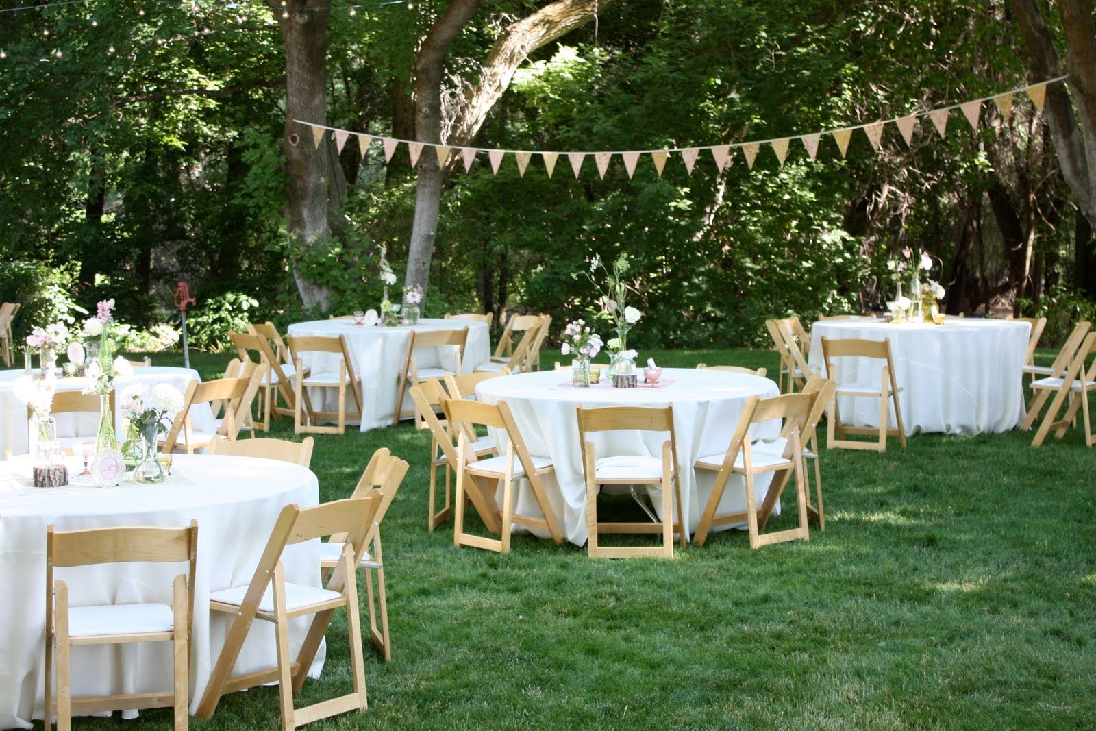 Backyard wedding reception decoration ideas wedding for Small table decorations for weddings