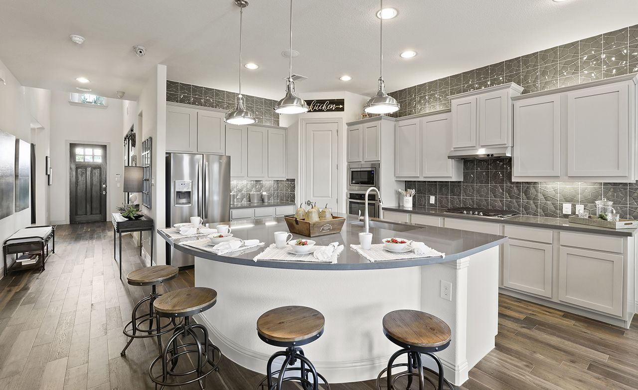 Pin By Kathy Toto On Kitchens Kitchen Cabinets Kitchen Home Builders