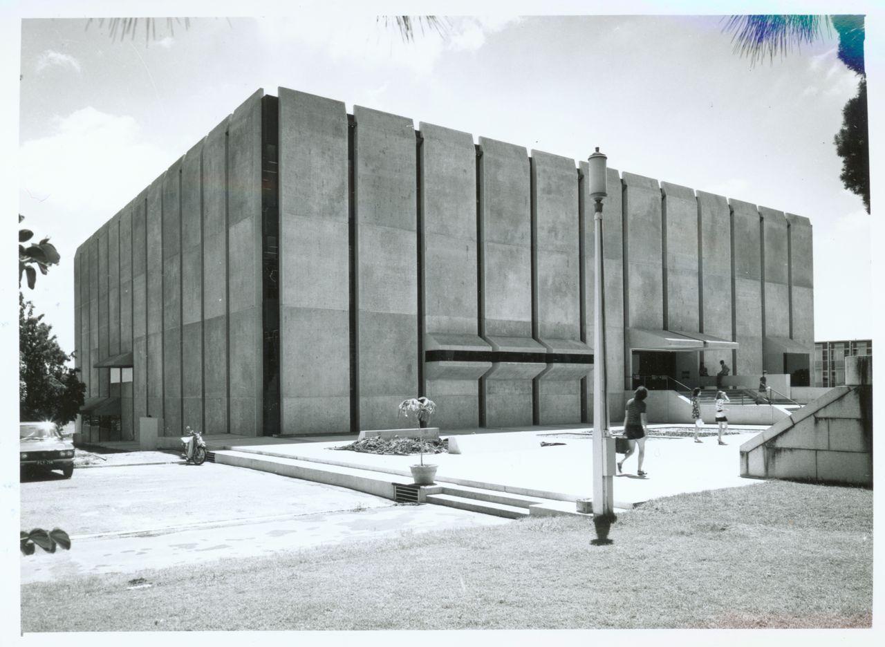 University of Queensland Library, Brisbane, Australia ...