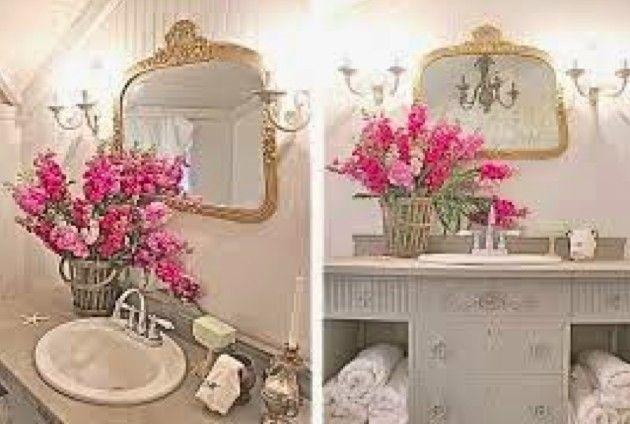 No estilo Cottage, o uso dos móveis vintage são em especial aqueles bem adornados, arredondados e na sua maioria com cores brancas ou da própria madeira (atraindo um pouquinho do rústico para dentro desse estilo)! Agora o diferencial fica por conta das cores, que são suaves, femininas e com tons pastéis! Usa-se sempre a cor rosa e o branco, flores para ornamentar, porcelanas, tapetes e guardanapos artesanais, lustres charmosos, espelhos com molduras douradas, pratas ou brancas e cortinas…