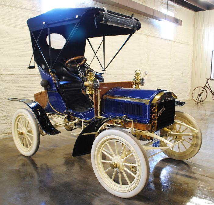 1904 Mitchell Runabout