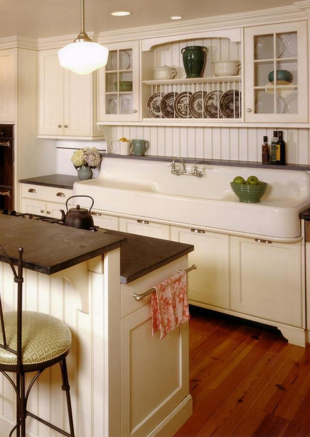 31 stunning farmhouse kitchen ideas on a budget ideal integrated timeless trends κουζίνες on kitchen ideas on a budget id=63648