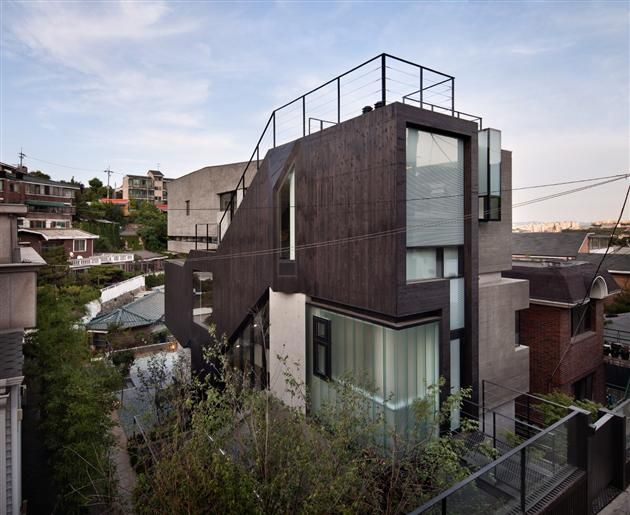 Contemporary H-House Bachelor Pad in South Korea (With ...