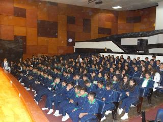 boticaria-graciela: Mi visita al Colegio El Minuto de Dios / Bogotá/ C...