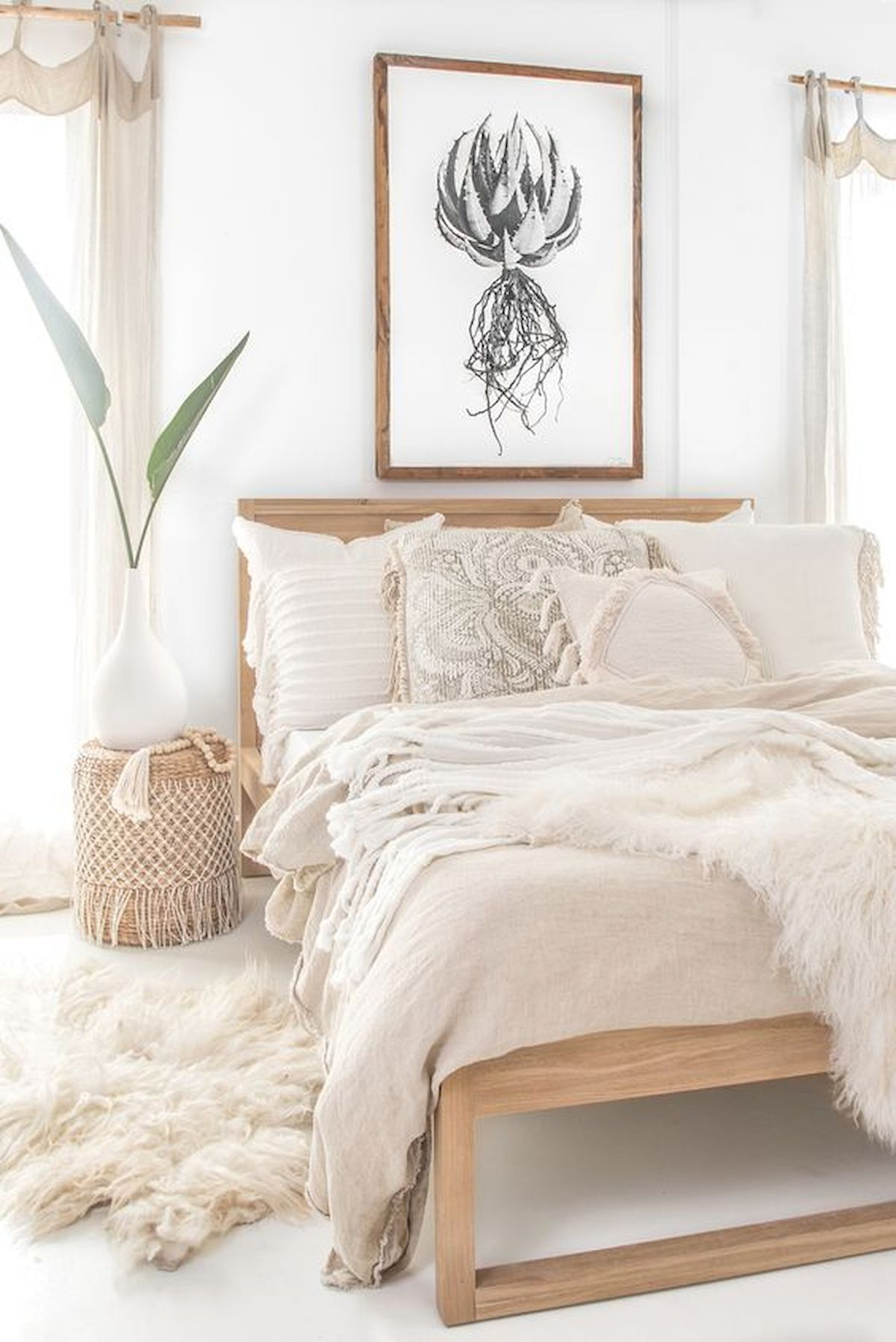 60 Adorable Modern Farmhouse Bedroom Design Ideas and Decor #modernfarmhousebedroom I know you get used to seeing homes with modern interiors because it is the trend these days but there are still homes that also use other interior styles as well from contemporary, Asian, eclectic, cottage, rustic, farmhouse and many… Continue Reading → #rusticfarmhouse