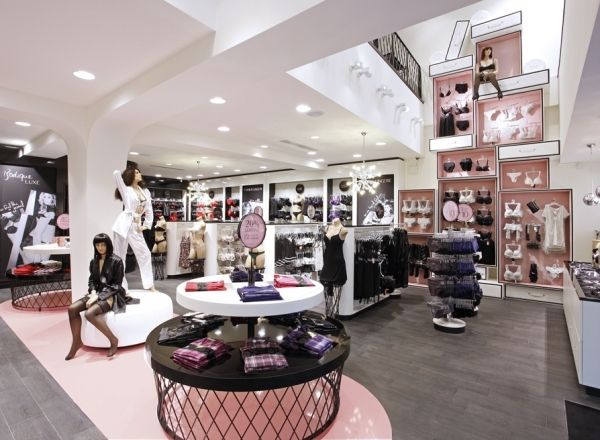 Hunkemöller Flagship Store by Simone Pullens, via Behance ...