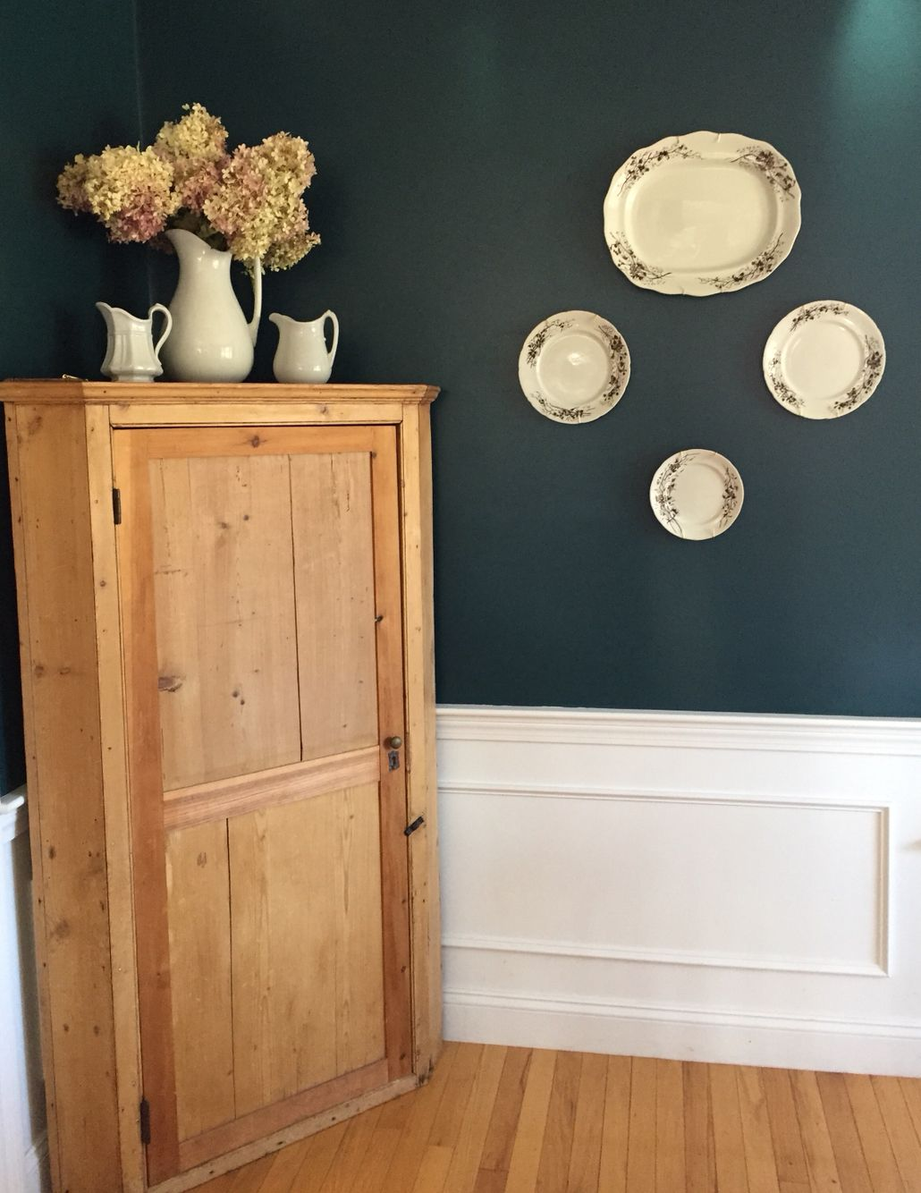 Dark Harbor Benjamin Moore Ironstone Dinning Room Colors Record Room Room Colors