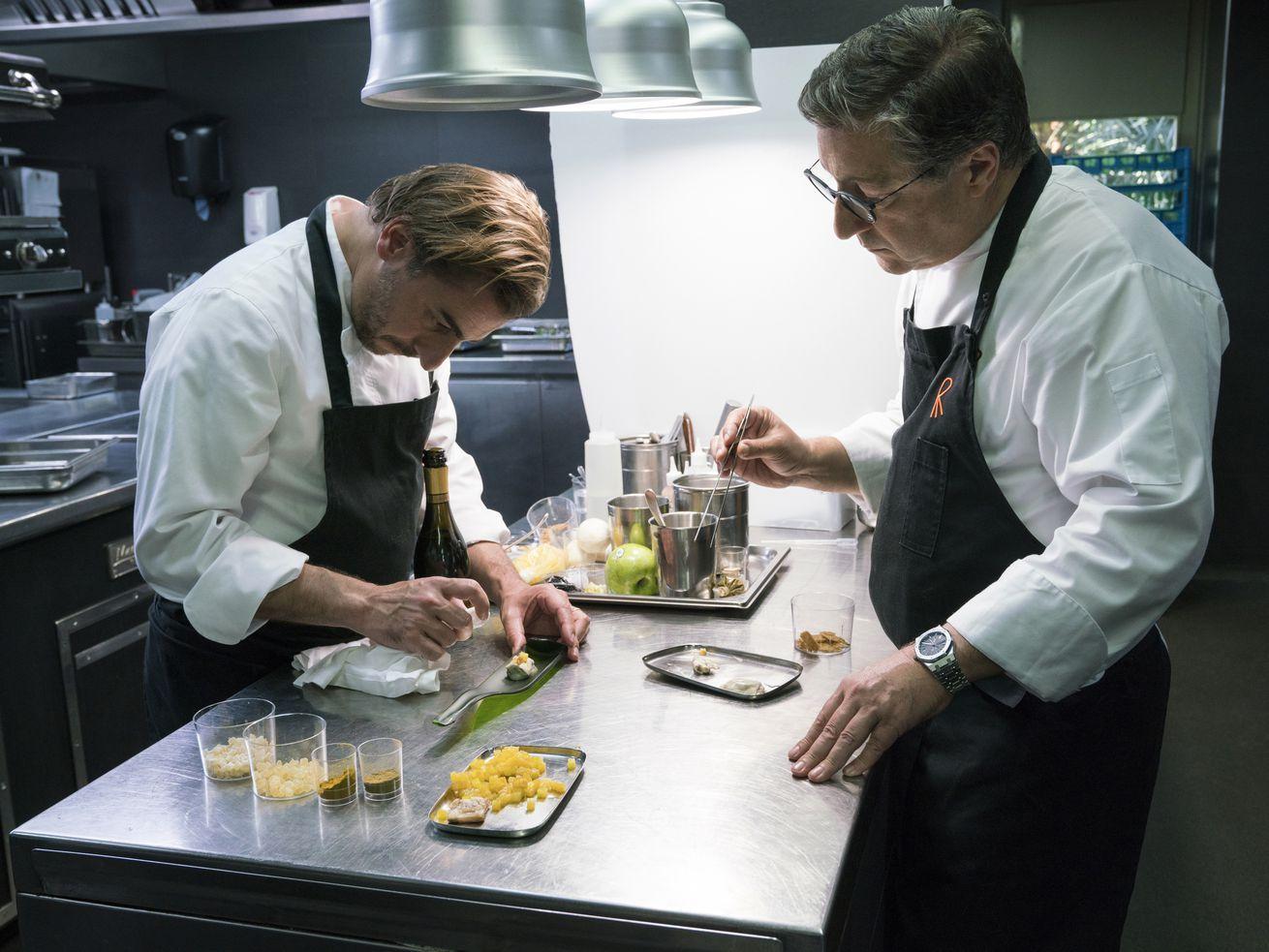 Chef S Table Pastry Recap Jordi Roca Turns Dirt Into Dessert